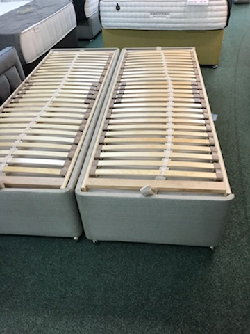 Dunlopillo Ex Display Double size Sprung Timber Base Only