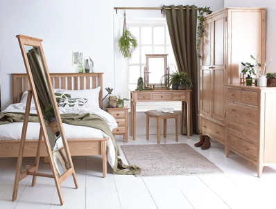 Nunthorpe Oak Bed Frame & Matching Furniture