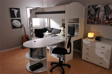 Stompa Casa 4 with desk extended